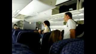 Inside 787 -8 Dreamliner United Airlines (s Continental) Coach Economy Cabin Interior Boeing