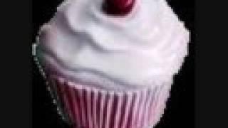 Praise Teh Almighty Cupcake! - Divine E