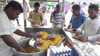 It's a Lunch Time in Kolhapur | Half Chicken Biryani 50 rs & Bread Omlet 40 rs | People Crazy to Eat