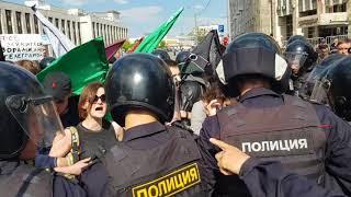 Задержание на митинге за свободу интернета