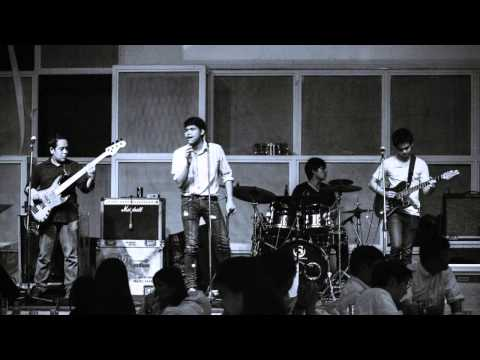 The Grass Roots Band live at Parking Toys' Watt