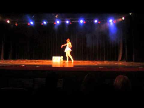 Studio Arte em Movimento - Coreografia Despertar