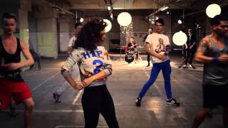 Aylin & The Lucky Charms - 10 Feet Tall [Official Online Video]