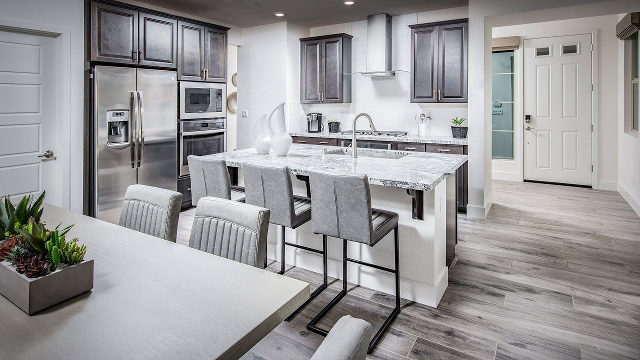 Residence 1880 Model Home at Viridian | New Homes by Lennar