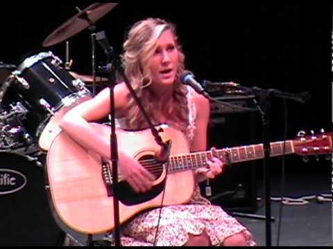 michele - Freefallin IJH 2010 Talent Show 2010_05_06_21_57_41.avi