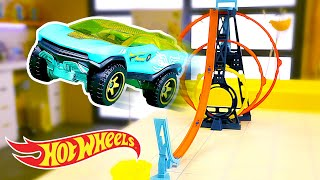 Racing Through Hot Wheels Loops! | Driving Force | Labs Unlimited | @Hot Wheels