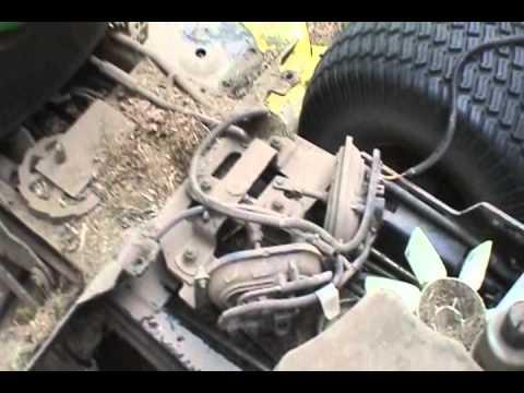 John Deere SST18 No Forward Drive - YouTube