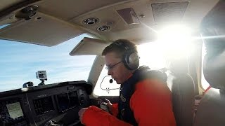 Teen pilot becomes youngest to fly around the world