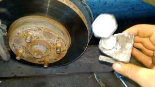 видео Замена рулевых наконечников ВАЗ 2110, своими силами