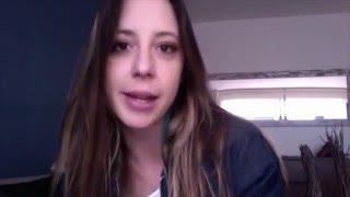 Andrea Legarreta y el dolar