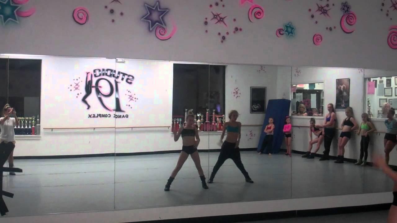 studio 19 dance complex - pound the alarm combo - YouTube