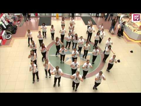 Flashmob Michael Jackson 55 лет  ТРЦ Колумб 28.08.13 HD