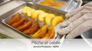 Le dessert pêche et oseille de Jessica Préalpato, restaurant Alain Ducasse au Plaza Athénée