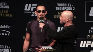 tony-ferguson-addresses-crowd-after-ufc-209-weigh-ins