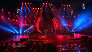 Birdy (@New Pop Festival 2013) - People Help The People (Live)
