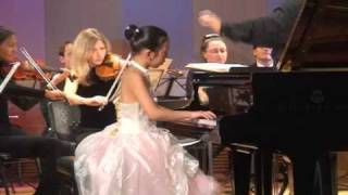 Ain Yoon - Chopin Piano Concerto No 2, 2nd mov