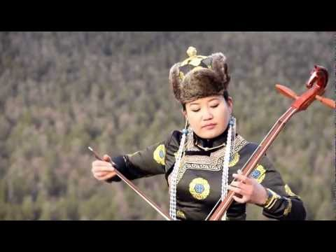 """Traditional Mongolian Music & Song """"Three Beautiful Chestnut Mares"""""""