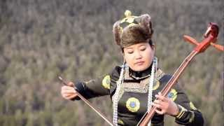 "Traditional Mongolian Music & Song ""Three Beautiful Chestnut Mares"""