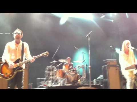 Metric - Gimme Sympathy Live At Prospect Park Banshell 8/5/2010