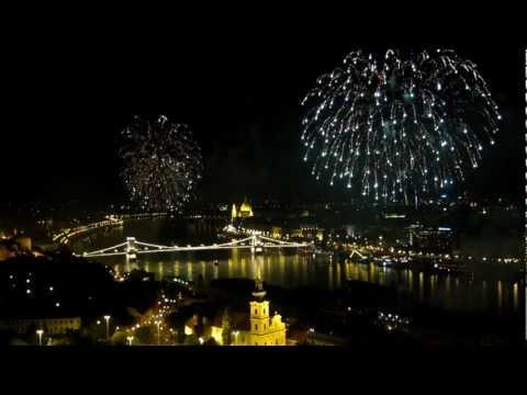 זיקוקים בשמי בודפשט