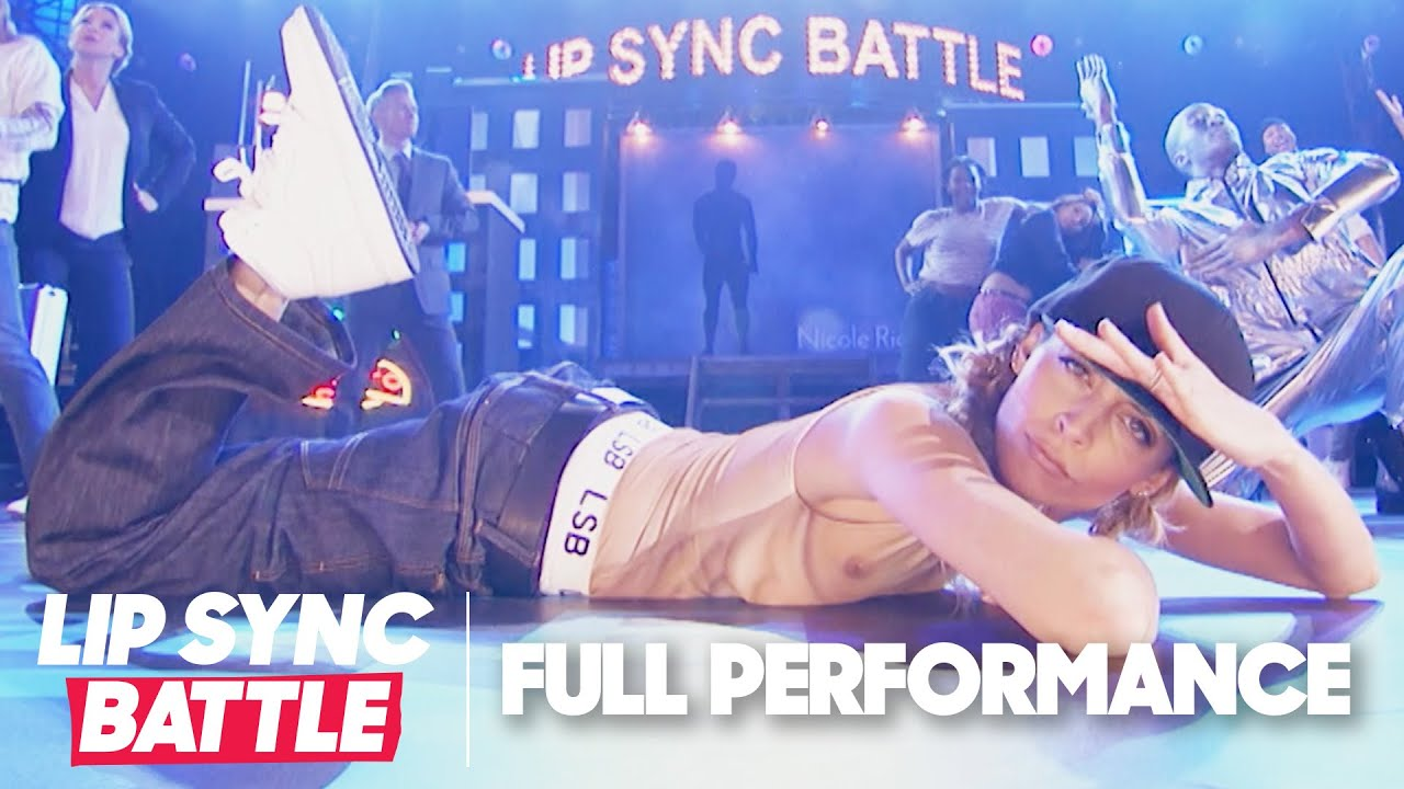 "Nicole Richie Performs ""Ice Ice Baby"" & ""Good Vibrations"" 