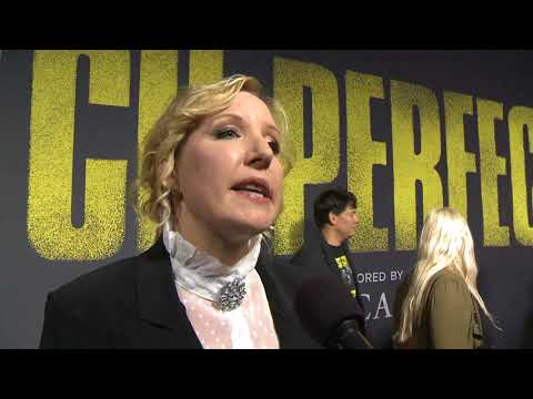 Pitch Perfect 3 Premiere LA - Itw Trish Sie (official Video)
