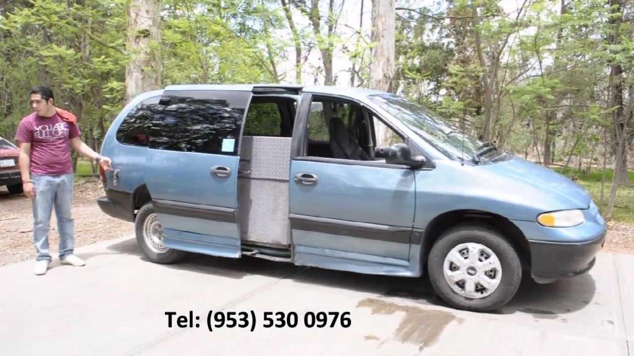 Camioneta Dodge Caravan Con Rampa