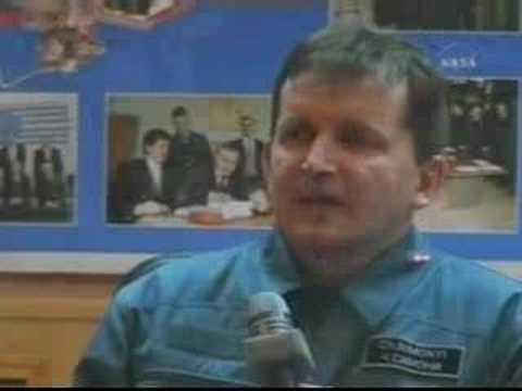 Charles Simonyi Soyuz TMA 10Press Conference