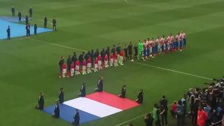 France Paraguay au roazhon Park (Rennes) match amical le 02/06/17 entre des joueurs plus hymne