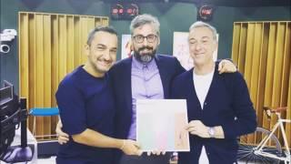 Nicola Savino imita Dario Brunori (Deejay Chiama Italia, 6/6/2017)