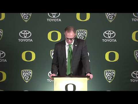 Oregon Ducks AD Rob Mullens needs coach Mario Cristobal to succeed: Issues & Answers