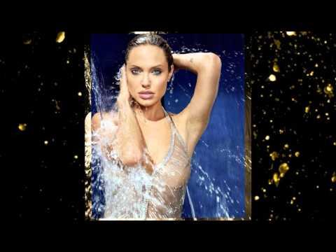 Анджелина Джоли  в фотосессии Джеймса Уайта James White для журнала Esquire ноябрь 2004