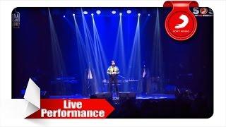 Download Isyana Sarasvati - Tetap Dalam Jiwa [Live Performance]