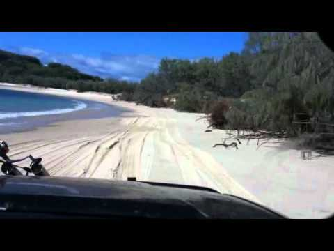 Fraser Island - Exploring - Champagne Pools to Indian Head along Taylor Bay