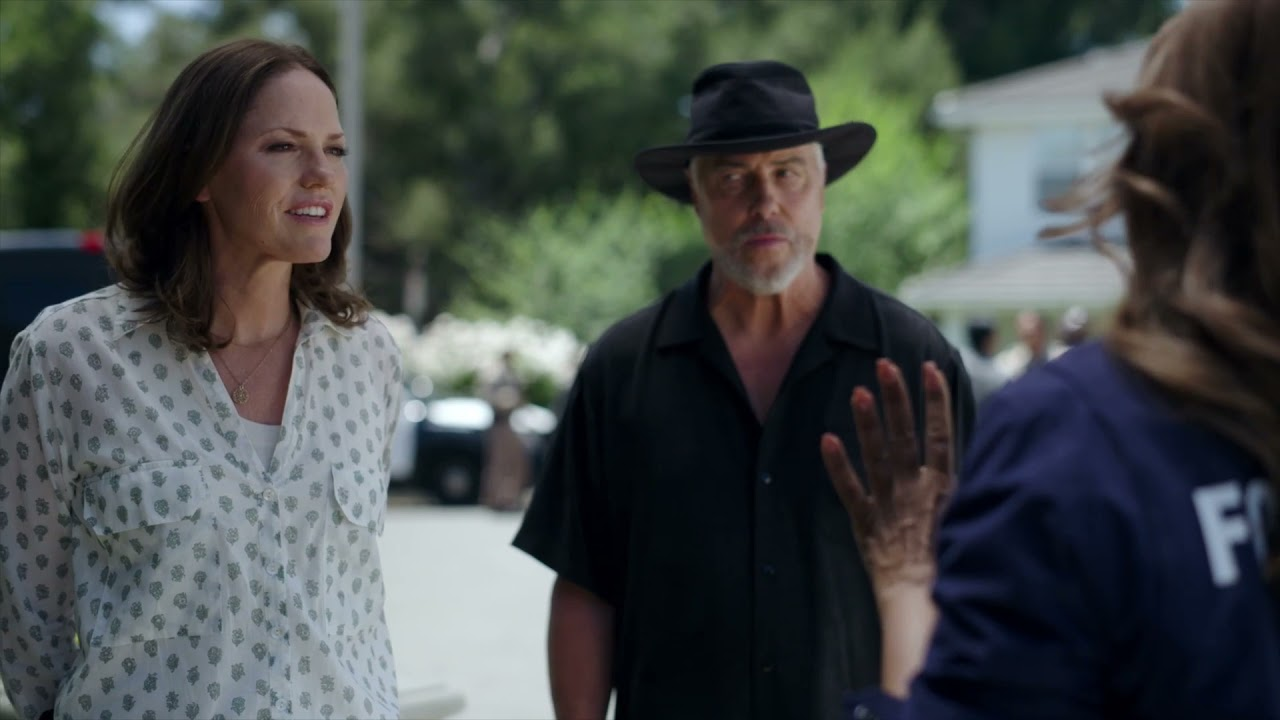 "Download CSI: Vegas 1x02 Sneak Peek Clip 1 ""Honeymoon In Vegas"""