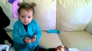 2 yaşında ki küçük elifden yemek duası