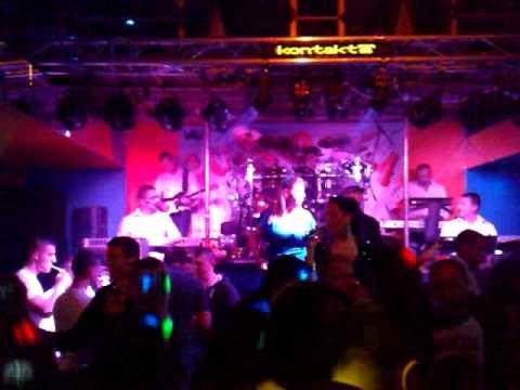 Corona Band - Nek' padaju cuskije