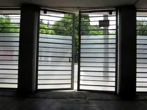Automatizacion de puerta abatible con piston youtube - Automatizacion de puertas ...
