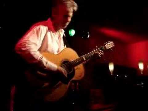 Tommy Emmanuel - Tall Fiddler