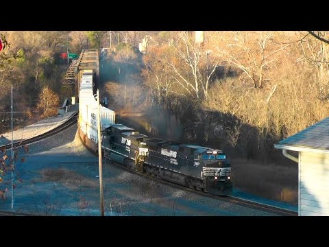 NS 228 from Virginia Inland Port - Front Royal, VA