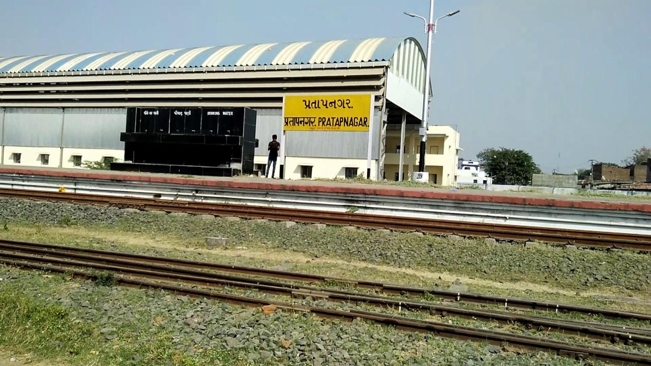 Fish aquarium in vadodara - Vadodara Heritage Pratapnagar Railway Museum Baroda