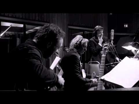 Lirik Lagu Paul McCartney - My Very Good Friend the Milkman