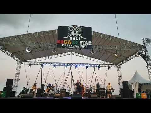 """Andreggae / kopi dangdut """"Bali Reggae Star Fest 2017 at.Sanur Bali"""