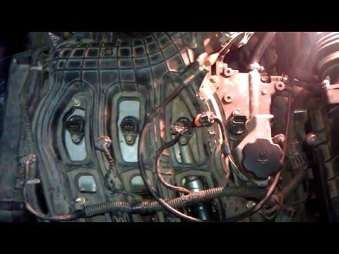 замена свечей зажигания ваз 21124 NGK V-line - YouTube
