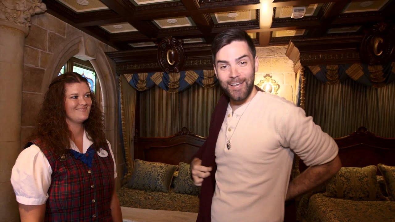 Apartment Inside Cinderella S Castle southwest airlines tours the cinderella castle suite at walt