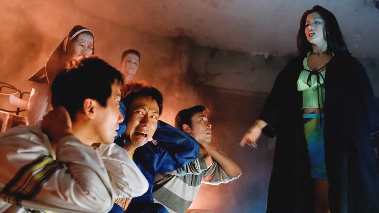 男子異國酒吧尋樂,卻觸犯禁忌七宗罪,再看身邊根本就是地獄!恐怖片《陰陽路4》