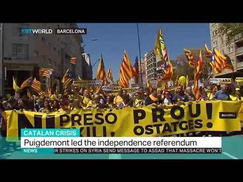 Catalonia turns yellow in support of political prisoners