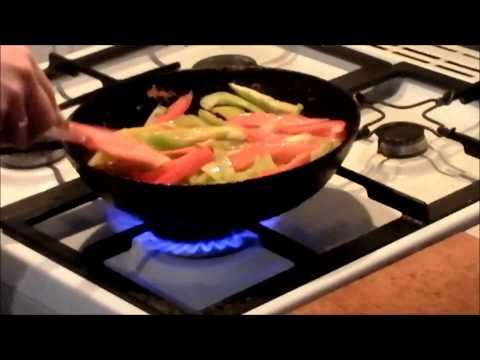 Салат из жареного болгарского перца