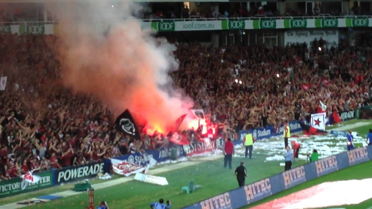 western sydney wanderers flares up - photo#5