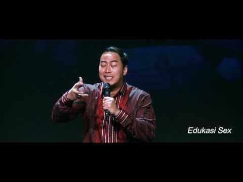 Topik Stand-Up Comedy Pandji di Juru Bicara World Tour